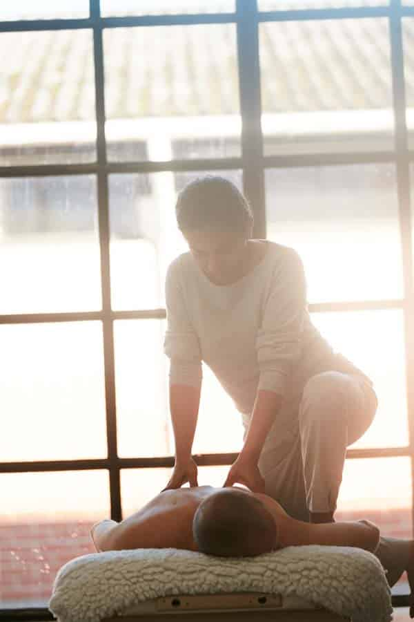 Angelica Massage Aarhus - Akupressur behandling og Kropsterapi - Højbjerg